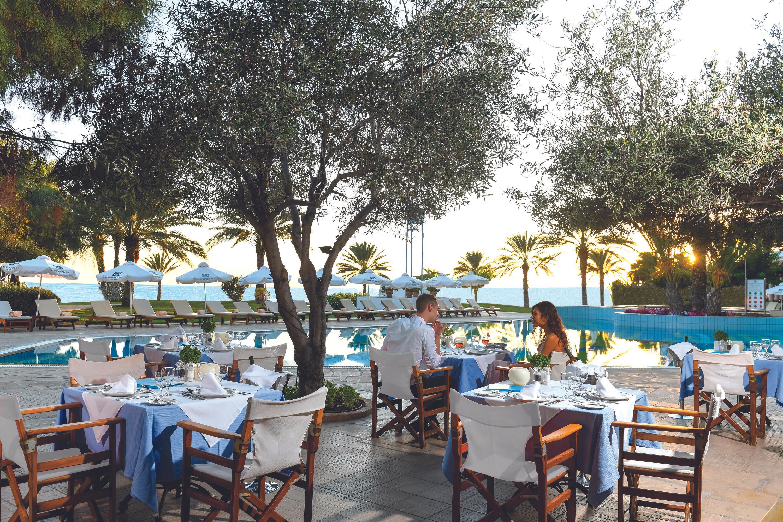 Constantinou Bros Athena Royal Beach Hotel Paphos Bandingkan Promo